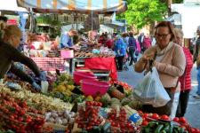 Il mercato del venerdì a Merano