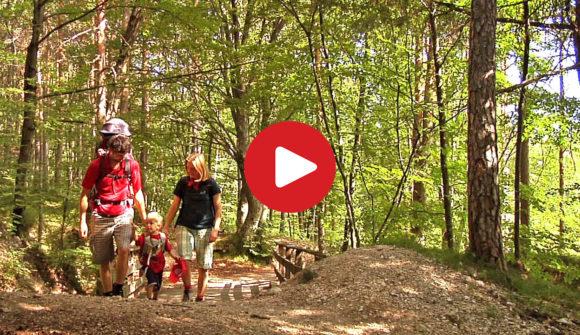 Familienwanderung zu den Eislöchern in Eppan