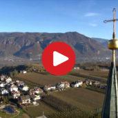 Die Pfarrkirche St. Pauls aus der Luft