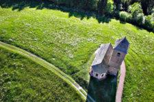 Hafling: St. Kathrein aus der Luft