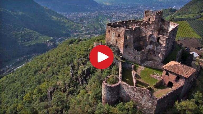 Schloss Rafenstein aus der Luft