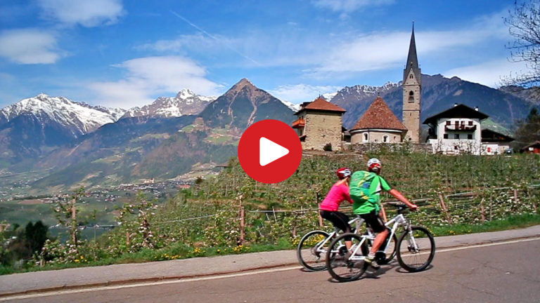 Pure: E-Bike in Scena near Meran